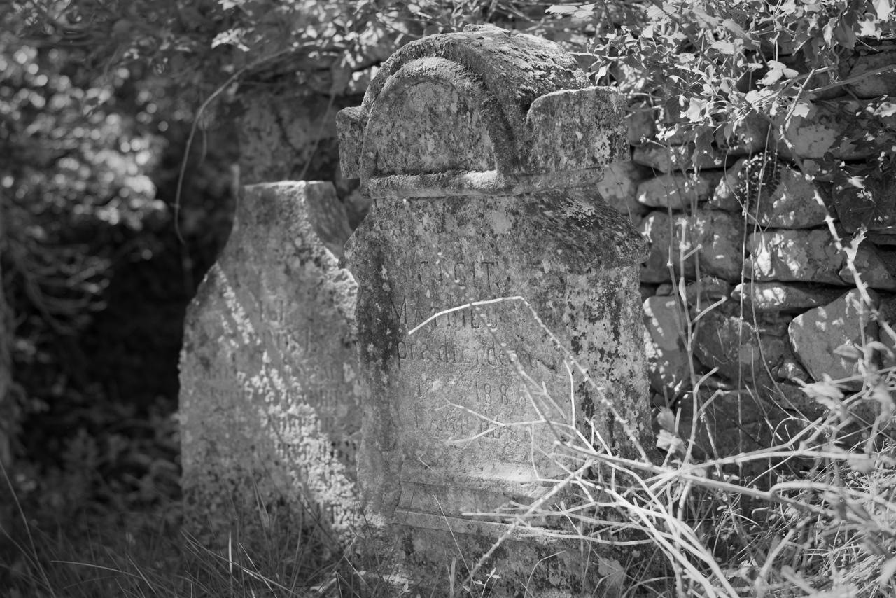 La Chapelle Saint-Jean - Friedhof